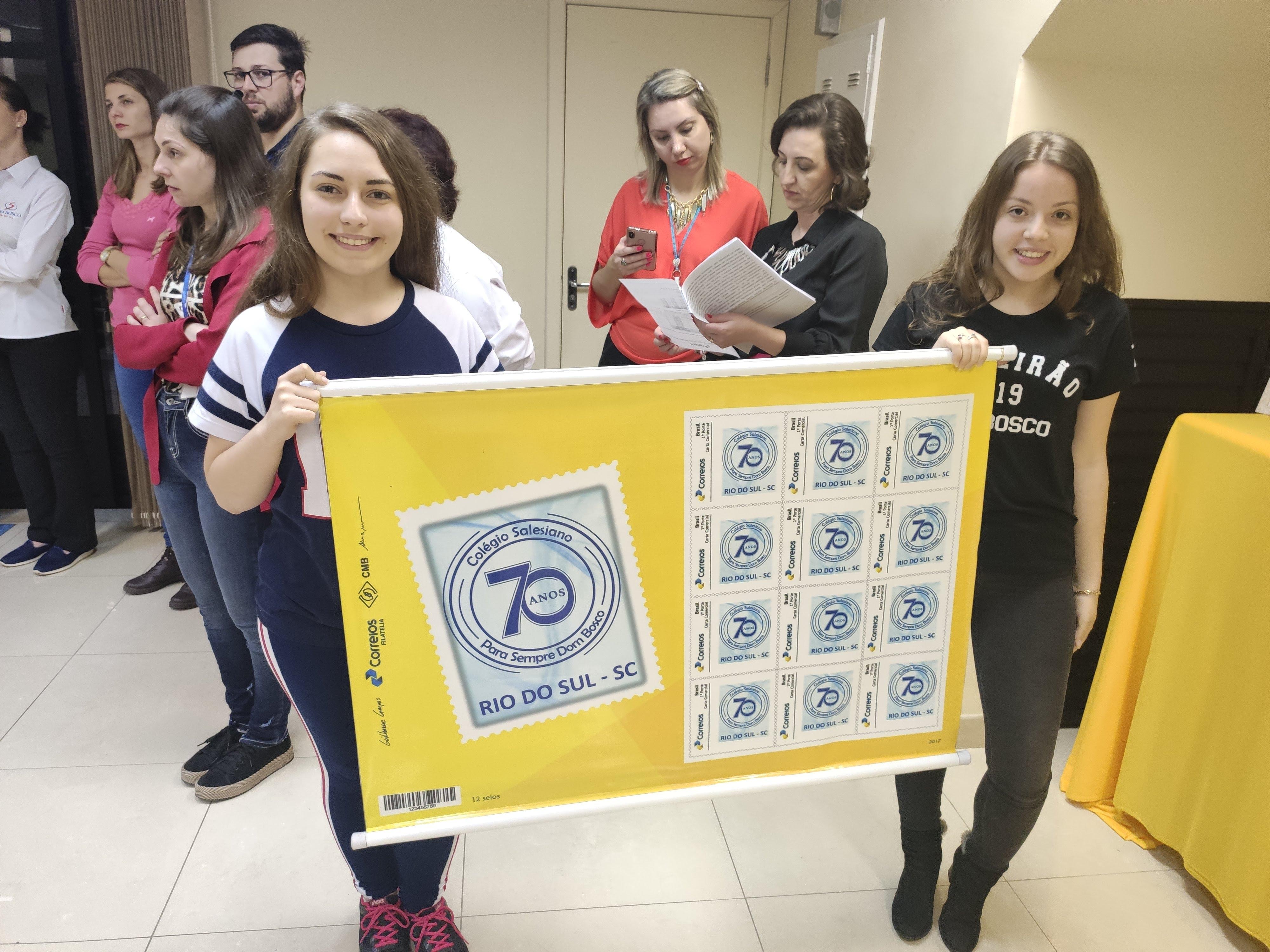 Lançamento do selo alusivo aos 70 anos do Colégio Dom Bosco